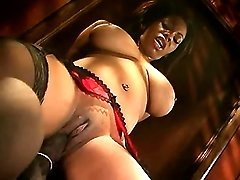 Wild black mature model in tube xxx movies